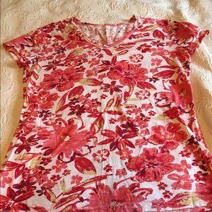 V neck short sleeved t shirt